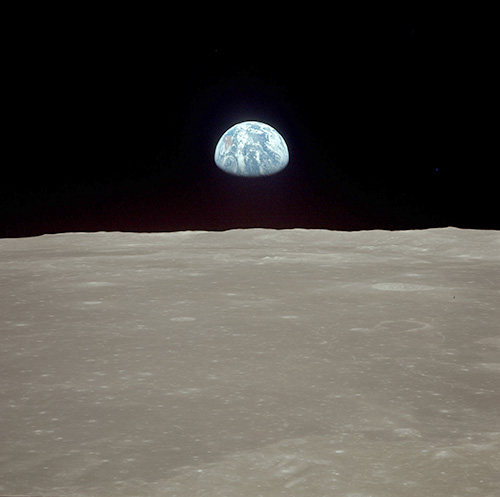 Earthrise Apollo 11